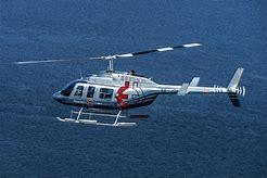 helikopter över havet